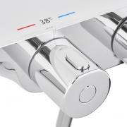 Sprchový systém SAT na stěnu s termostatickou baterií bílá/chrom SATSSTKPF1 (obr. 7)