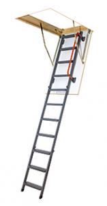 Skládací schody s kovovým žebříkem zateplené