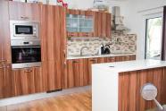 Kuchyně Nora - realizace švestka